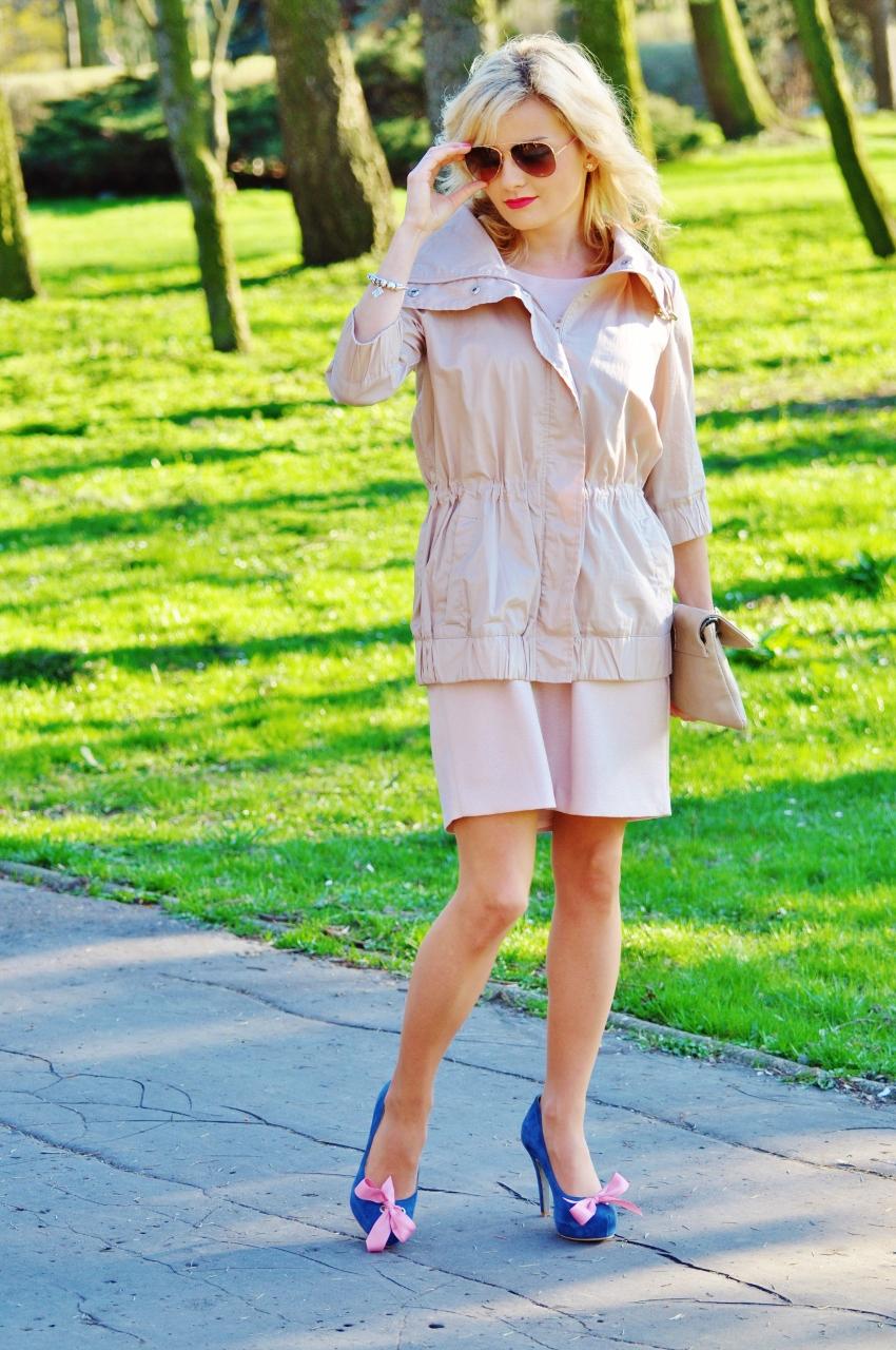 pudrowa sukienka2