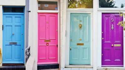 angielskie drzwi