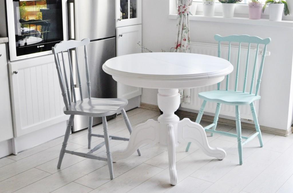 metamorfoza stołu malowanie stołu na biało odnawianie mebli3