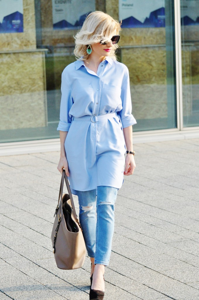 stylizacja koszula błękitna