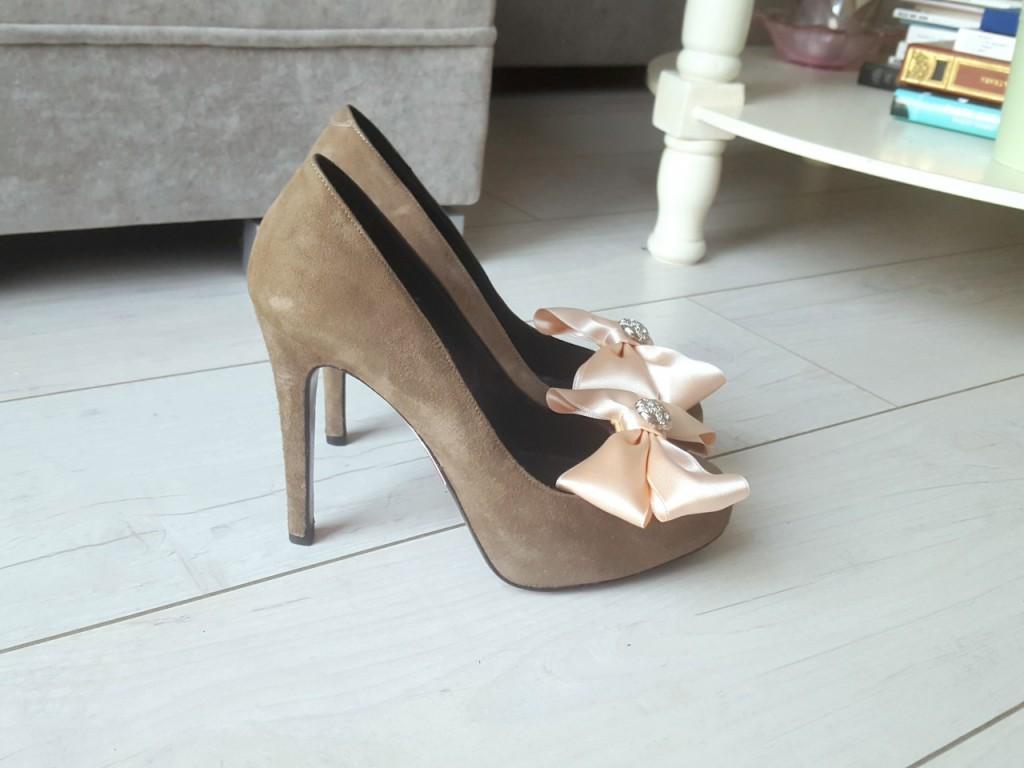 szpilki z kipasami do butów