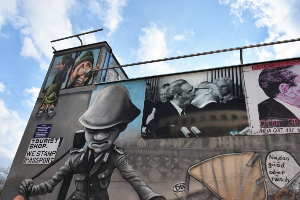 berlin mur berliński pocałunek