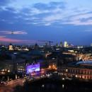 berlin nocą widok z dachu katedry