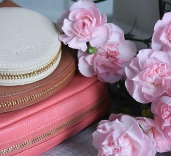 a pamiątki z podróży wenecja torebka kosmetyczka portfel furla2