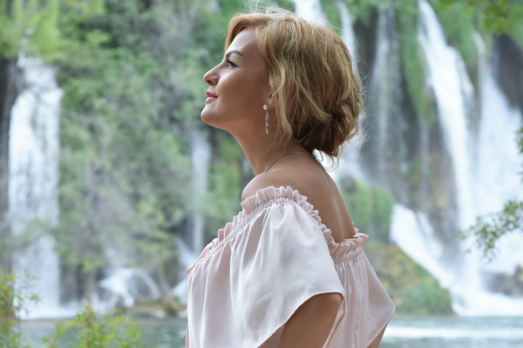 romantyczny motyw przewodni wesela i ślubu biżuteria ślubna W.KRUK104