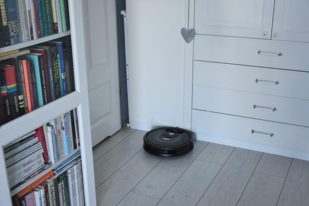 test i robot roomba robot sprzatający jak urządzic mieszkanie31