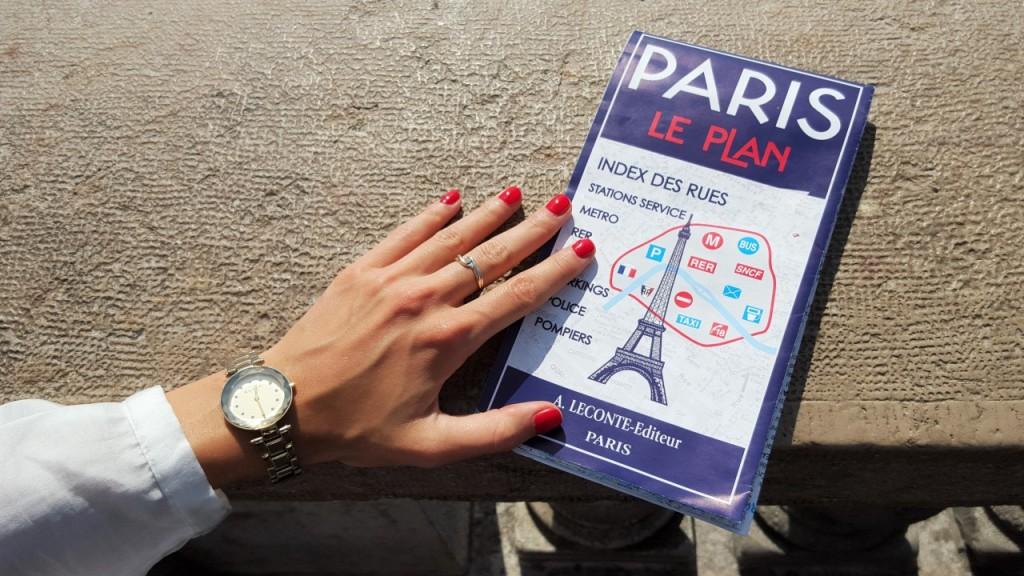 wieża eiffla ciekawe miejsca w paryżu zwiedzanie paryża5