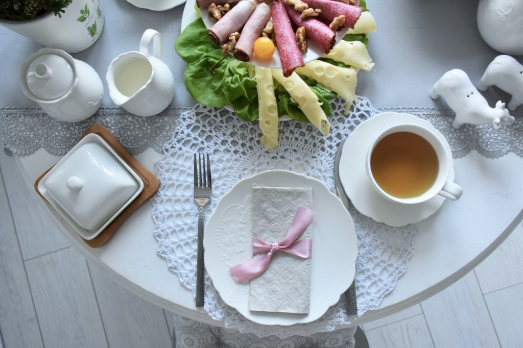 dodatki-ktore-odmienia-kuchnie-i-jadalnie-a-tab-81
