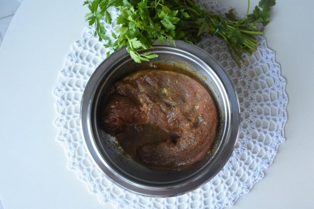 przepis-na-obiad-poledwiczka-w-ziolach-z-warzywami-blanszowanymi