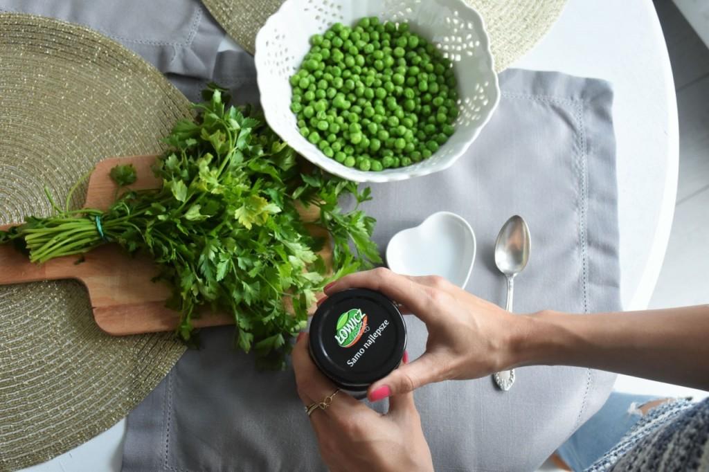 przepis-na-obiad-poledwiczka-w-ziolach-z-warzywami-blanszowanymi20