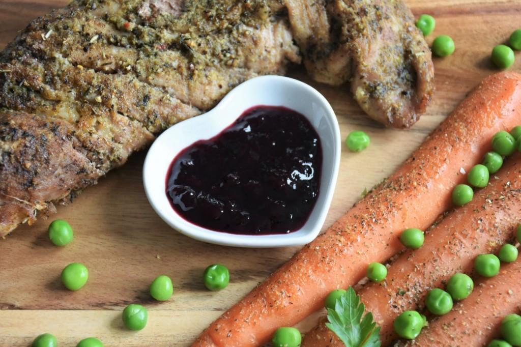 przepis-na-obiad-poledwiczka-w-ziolach-z-warzywami-blanszowanymi44