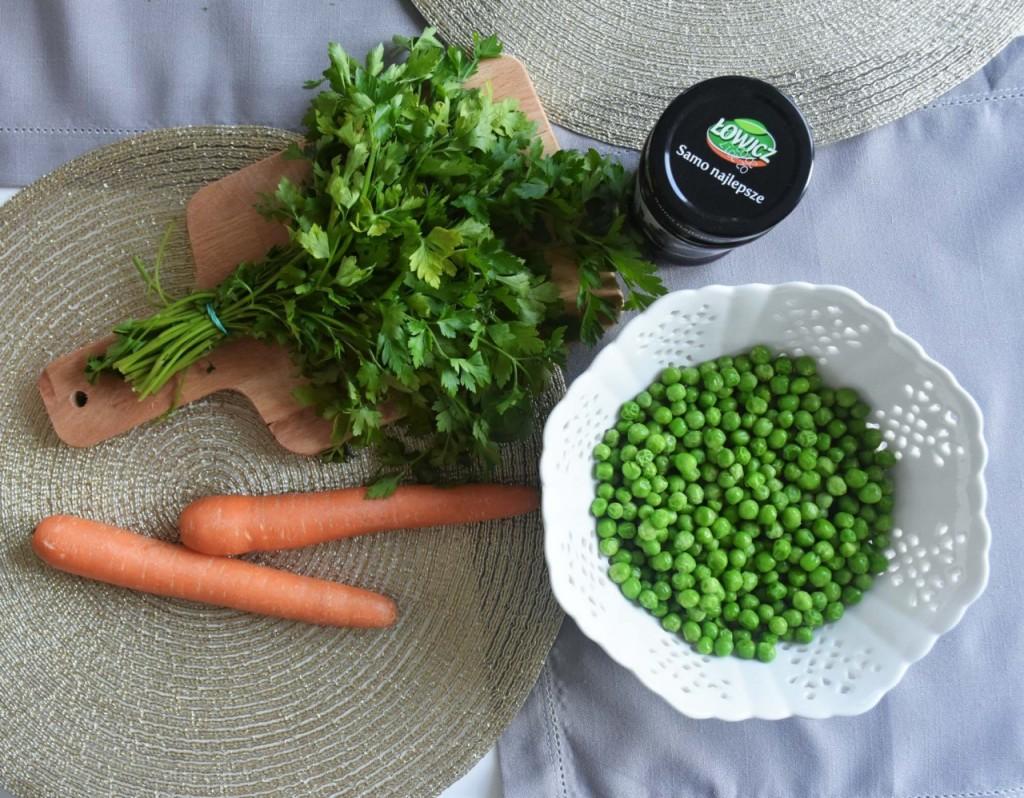 przepis-na-obiad-poledwiczka-w-ziolach-z-warzywami-blanszowanymi8