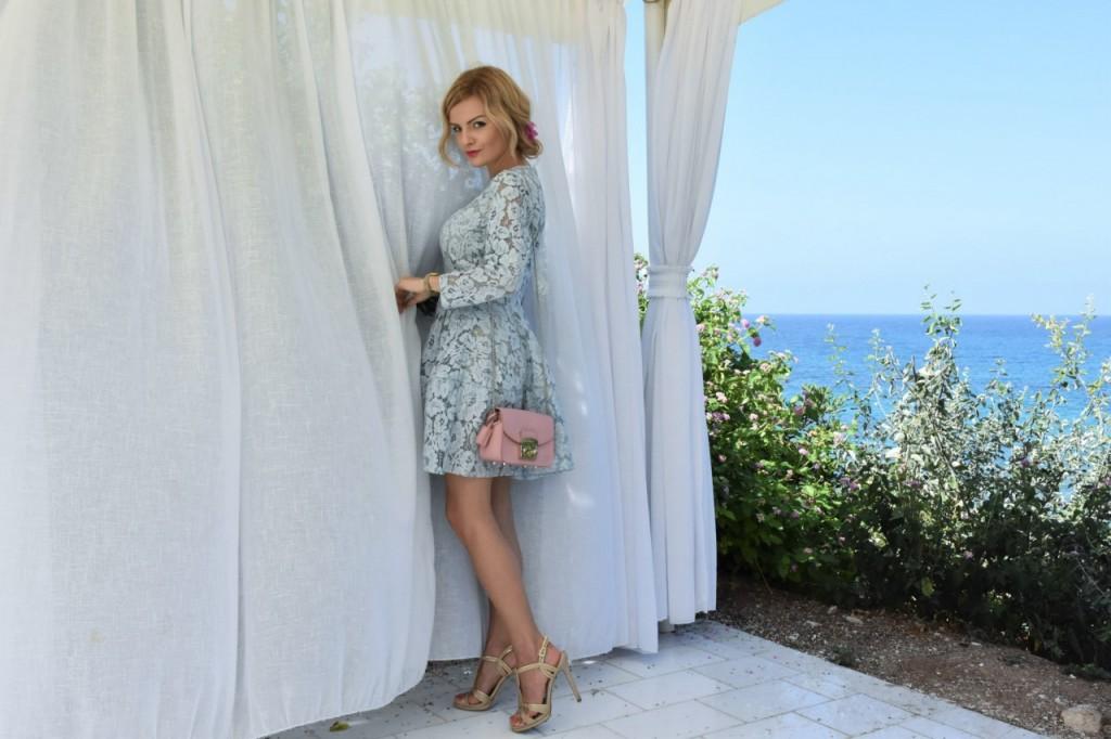 stylizacja-na-rocznice-slubu-ania-zajac-blog-moda-lifestyle-fashionable-blekitna-sukienk41