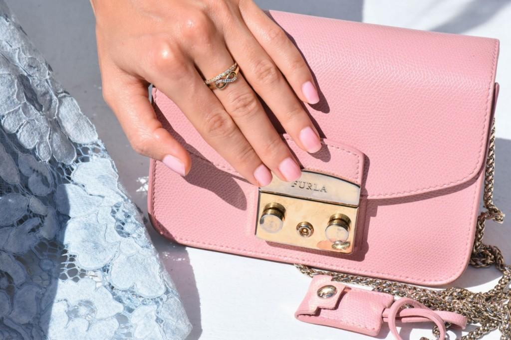stylizacja-na-rocznice-slubu-ania-zajac-blog-moda-lifestyle-fashionable-blekitna-sukienka34
