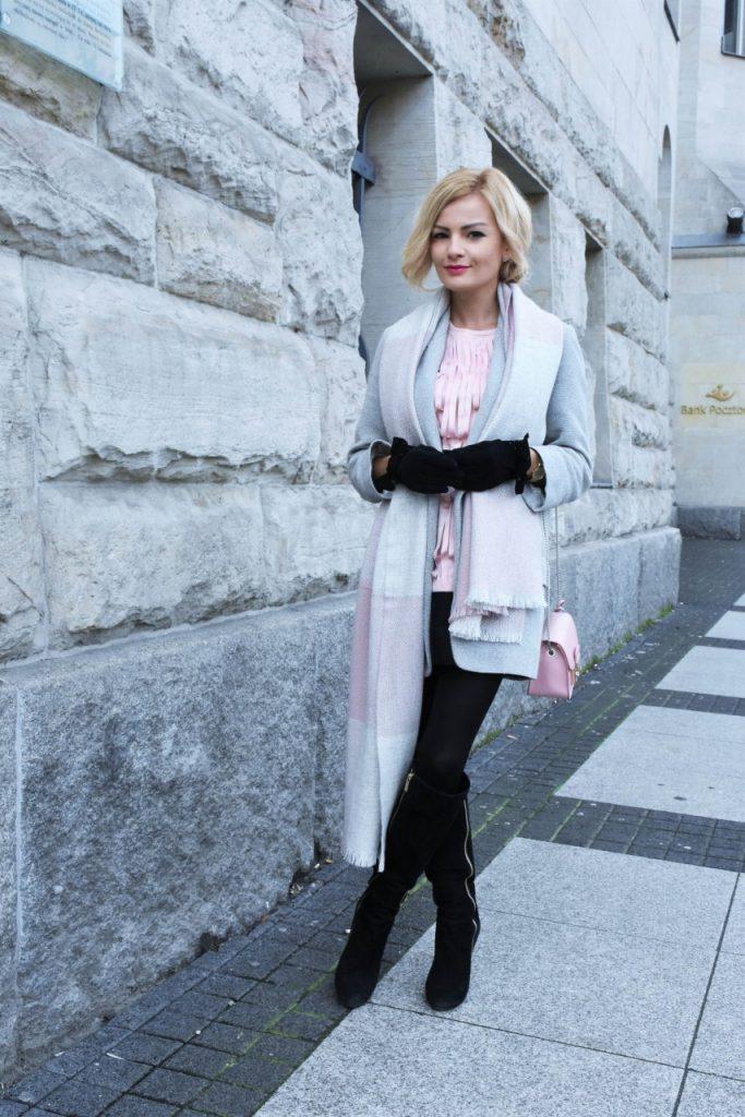 bluzka-pudrowy-roz-cos-i-torebka-furla-blog-moda-lifestyle-ania-zajac42