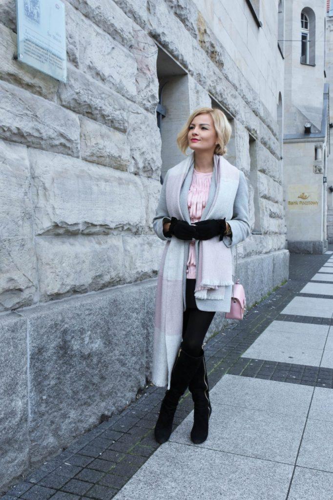 bluzka-pudrowy-roz-cos-i-torebka-furla-blog-moda-lifestyle-ania-zajac43