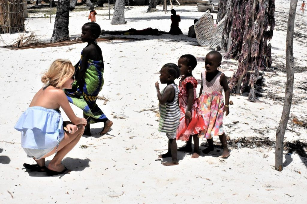 zanzi dzieci wioska rybacka miszkancy