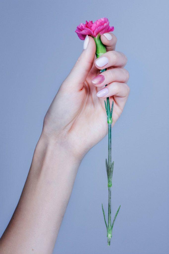 manicure hybrydowy dla panny młodej ślub inspiracje blog ślubny3