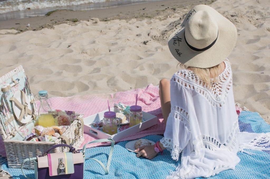 biała plażowa stylizacja 2