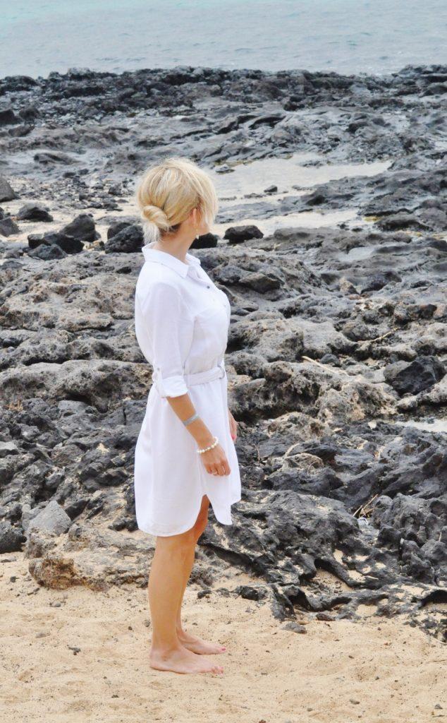 biała sukienka koszulowa blog modowy stylizacje lanzarote