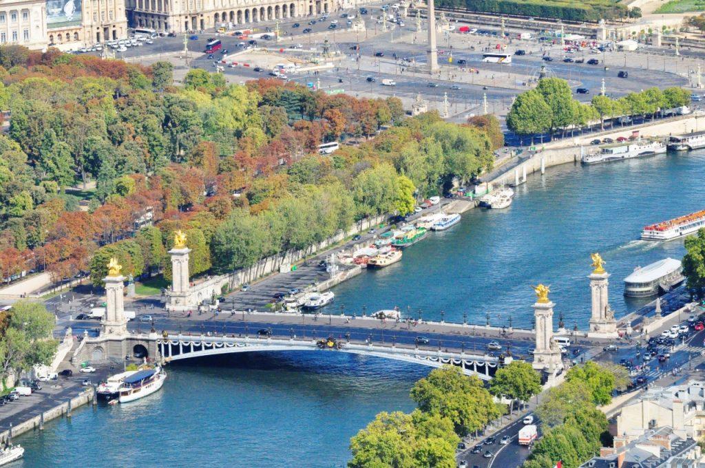 co warto zobaczyć w paryżu most aleksandra 2