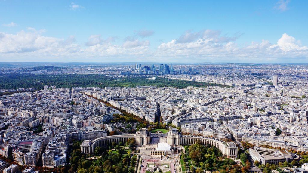 widok na paryż i plac trocadero 4