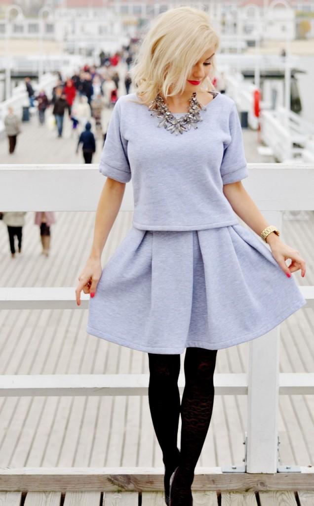 rozkloszowana spódnica blog modowy