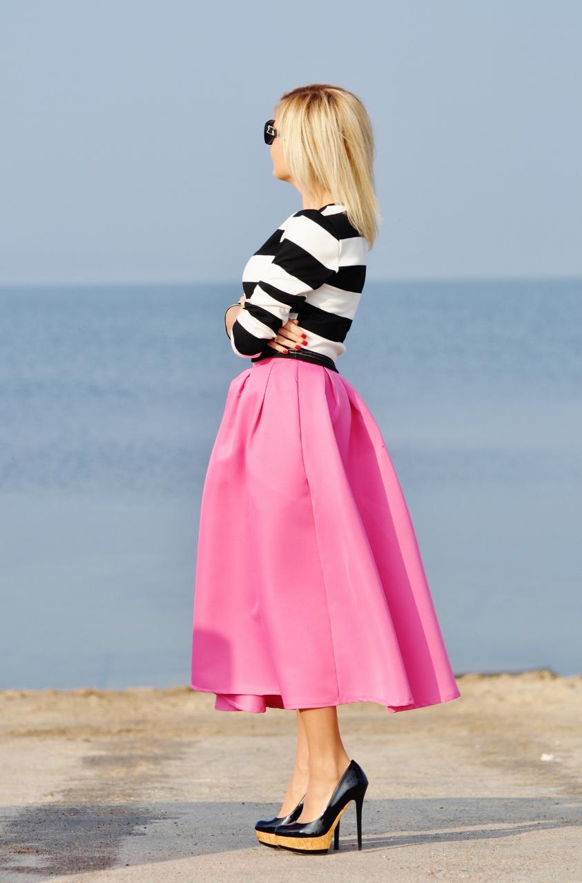 różowa rozkloszowana spódnica2