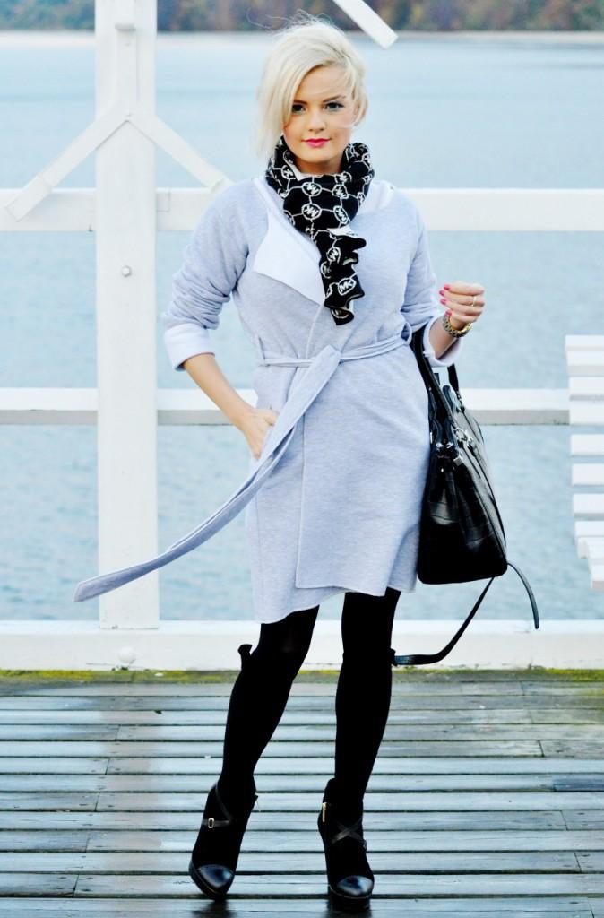 szary płaszcz blog modowy