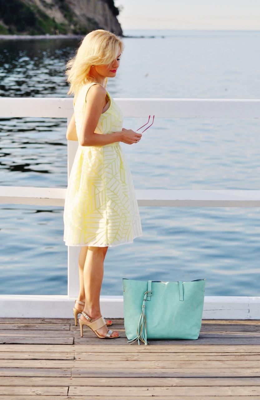żółta sukienka blog modowy blog lifestyle