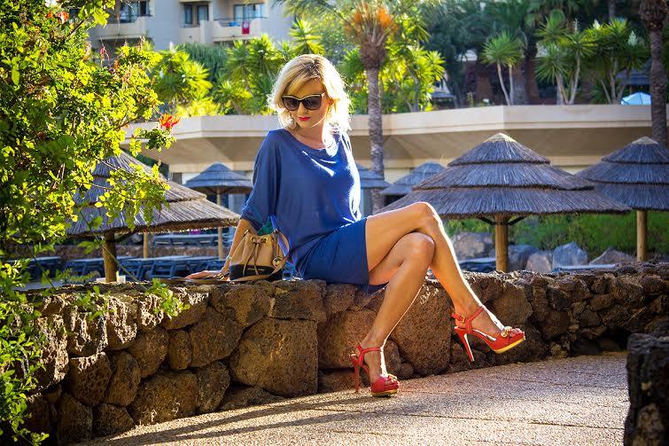 niebieska sukienka femestage 3