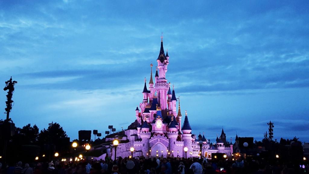 disneyland paryż zamek