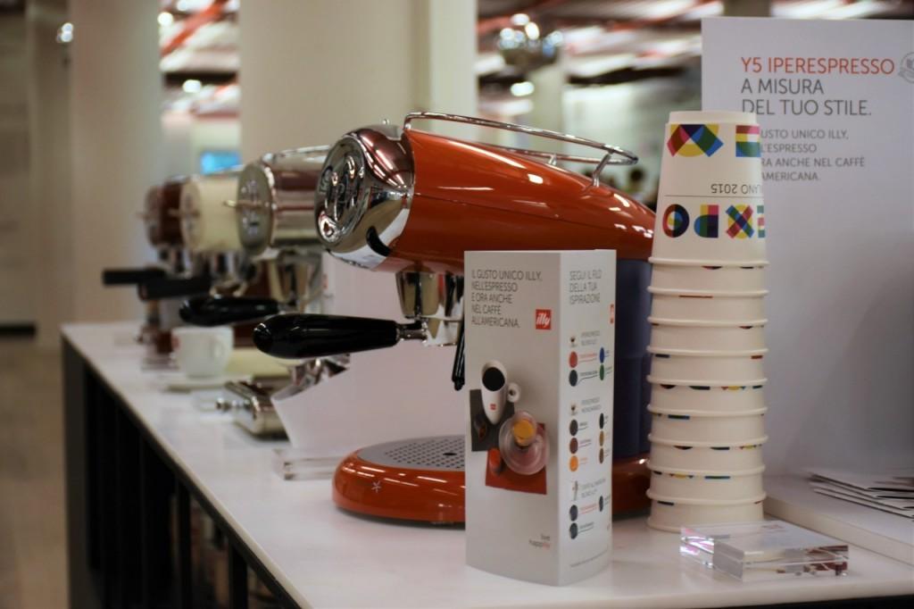 illy cafe najlepsza włoska kawa filiżanki4