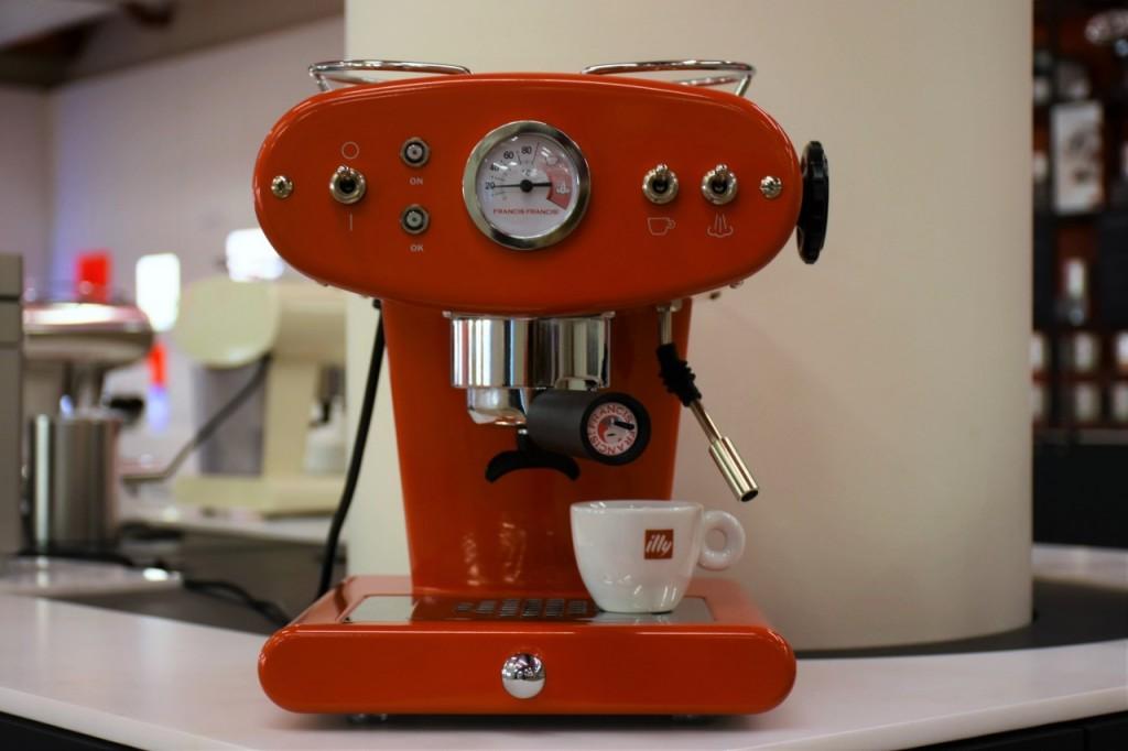 illy cafe najlepsza włoska kawa filiżanki5