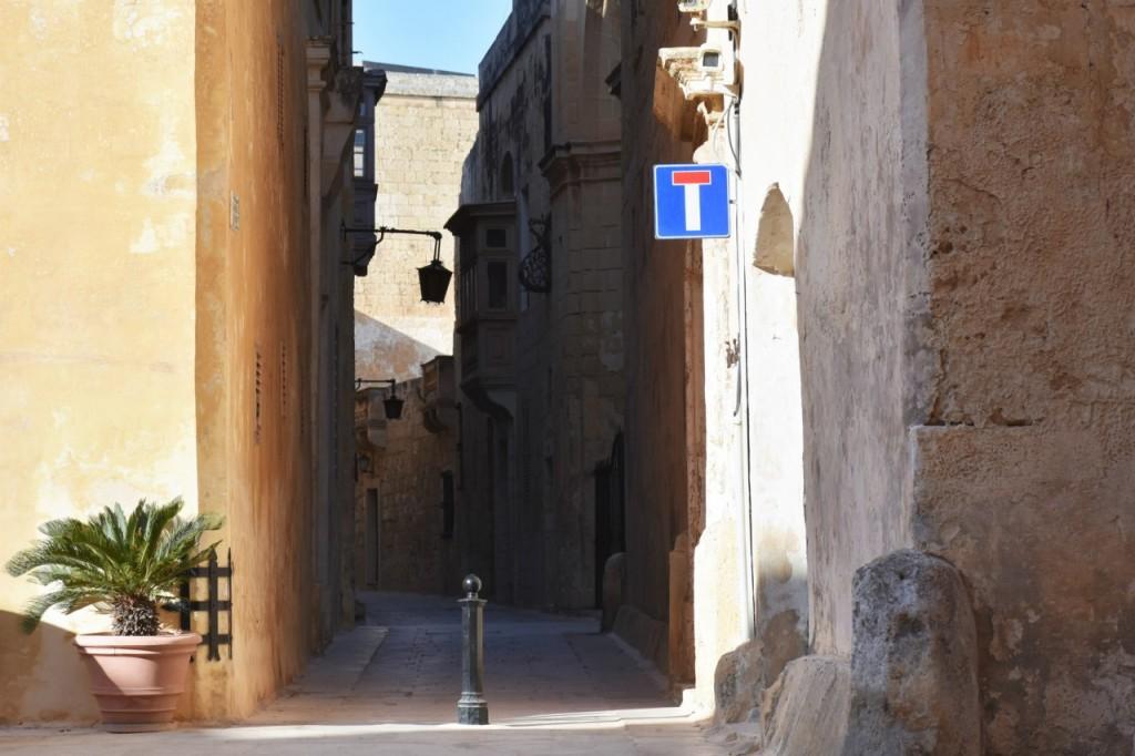 mdina malta ciekawe miejsca miasto ciszy