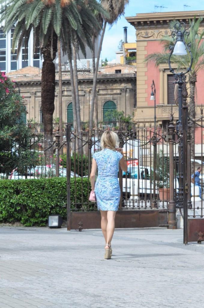 stylizacja niebieska sukienka blog modowy ania zając fashionable com pl19jpg