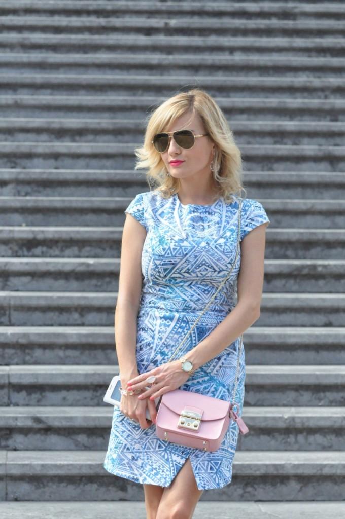 stylizacja niebieska sukienka blog modowy ania zając fashionable com pl32jpg