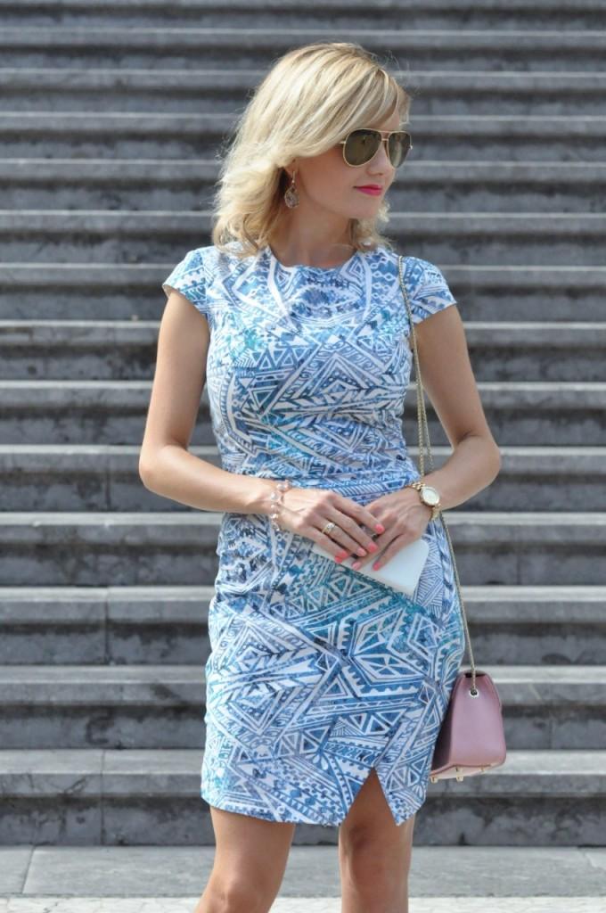 stylizacja niebieska sukienka blog modowy ania zając fashionable com pl33jpg