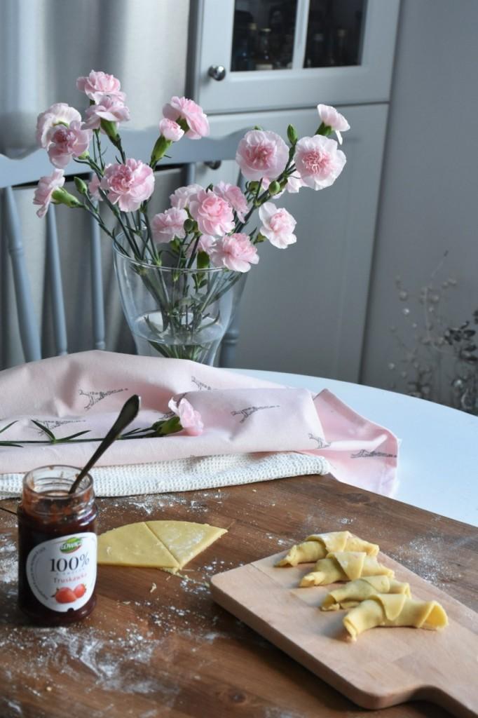 kruche rogaliki z dżemem truskawkowym Łowicz21