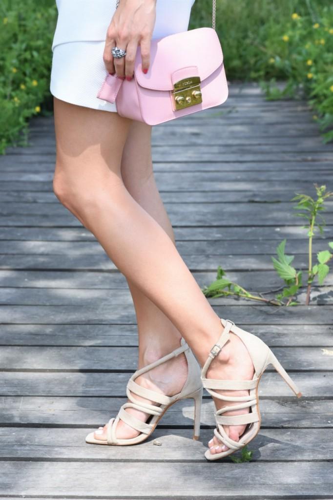 stylizacja Apart biała spódnica artelioni 10