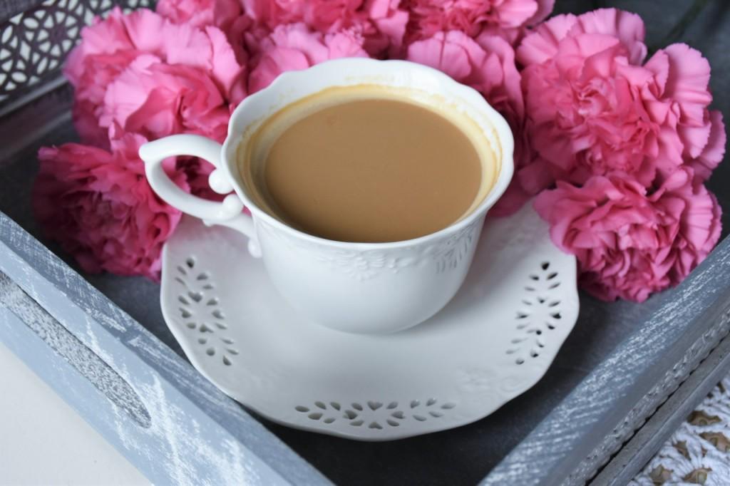 3 biała filiżanka do kawy home and yoy blog wnętrza lifestyle ania i jakub zając fashionable10