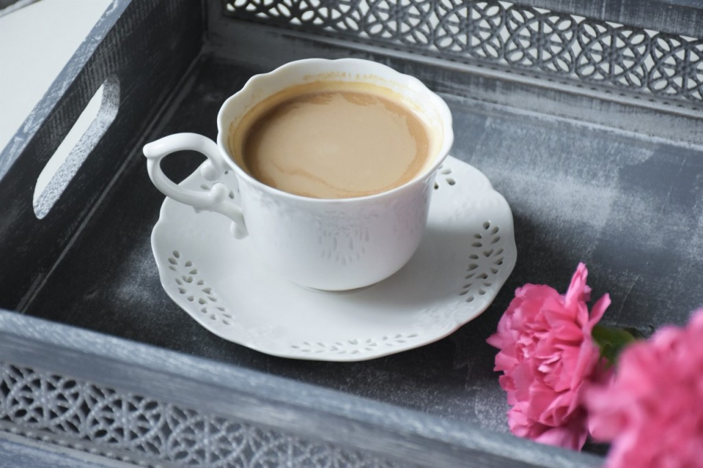 3 biała filiżanka do kawy home and yoy blog wnętrza lifestyle ania i jakub zając fashionable6