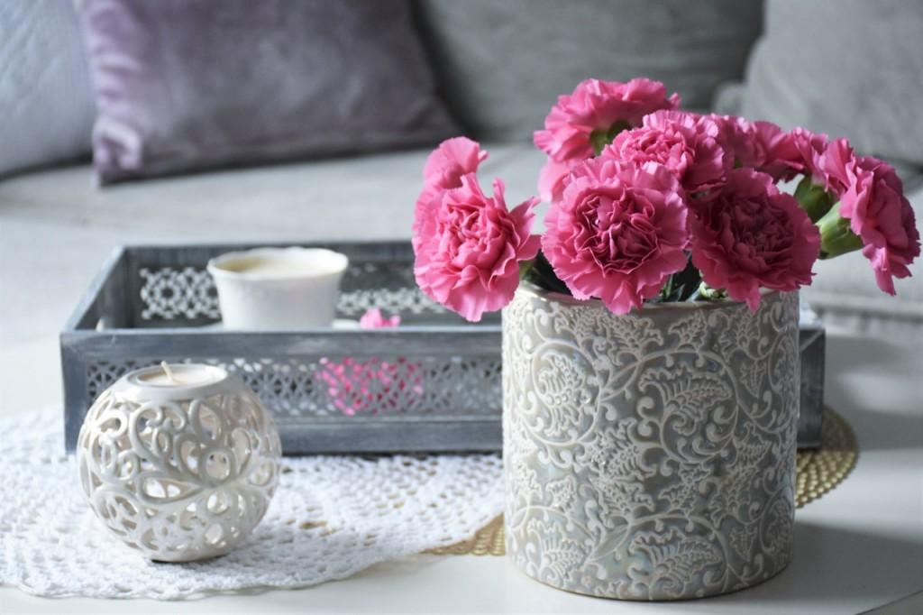 4 wazon donica na kwiaty blog wnętrzarski białe mieszkanie home and you
