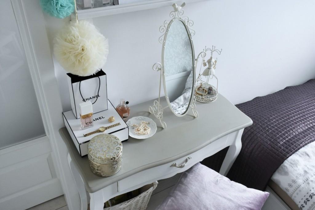 7 toaletka białe mieszkanie dekoracje ania zając blog wnętrza 3