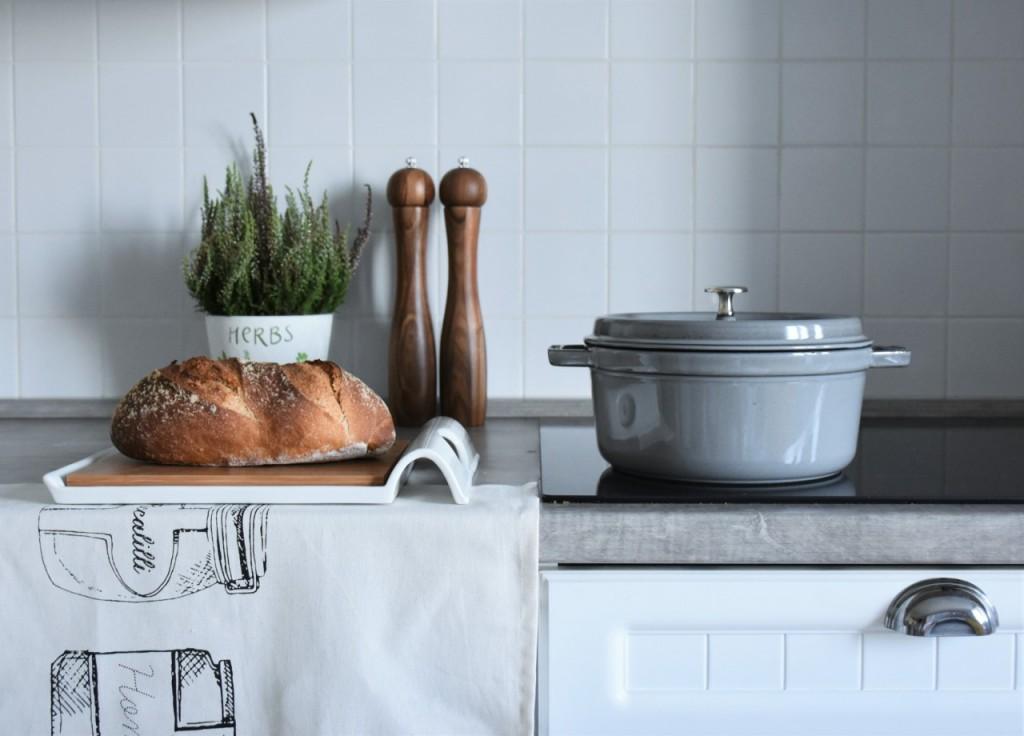 dodatki-ktore-odmienia-kuchnie-i-jadalnie-a-tab-25
