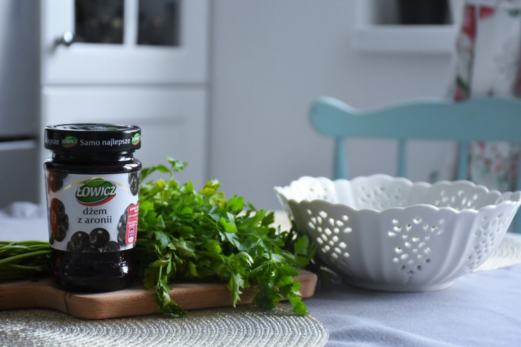 przepis-na-obiad-poledwiczka-w-ziolach-z-warzywami-blanszowanymi11