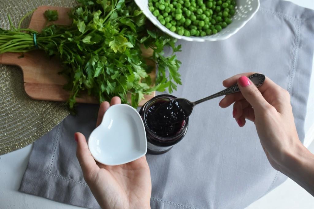 przepis-na-obiad-poledwiczka-w-ziolach-z-warzywami-blanszowanymi25