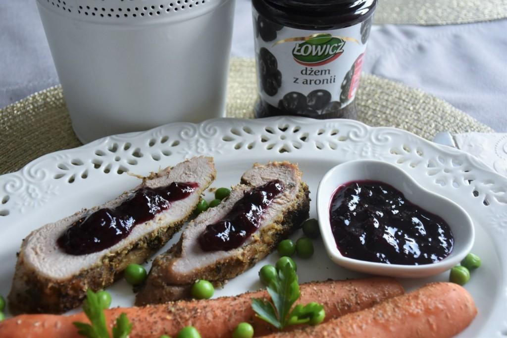 przepis-na-obiad-poledwiczka-w-ziolach-z-warzywami-blanszowanymi66