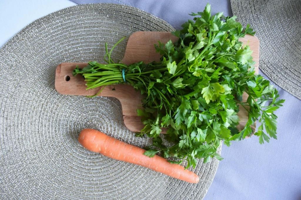 przepis-na-obiad-poledwiczka-w-ziolach-z-warzywami-blanszowanymi7