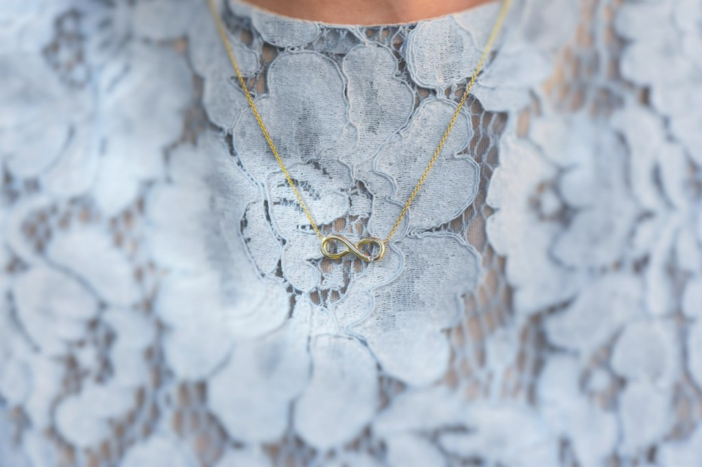 stylizacja-na-rocznice-slubu-ania-zajac-blog-moda-lifestyle-fashionable-blekitna-sukienka12